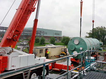 Rigging in Glycol Tank for Biopharm Central Utility Plant