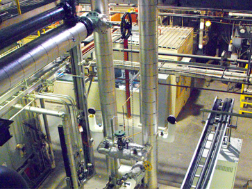 Back pressure steam turbine piping